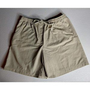 Studio Works Shorts Size 18 Light Khaki